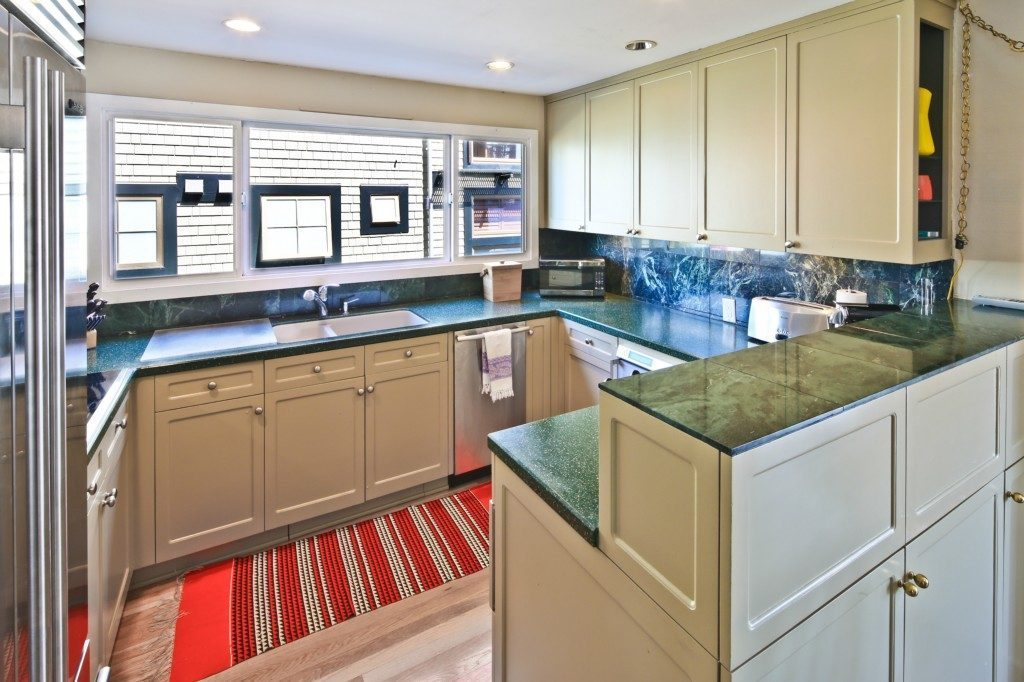 1214 Hamlin St #9 - kitchen