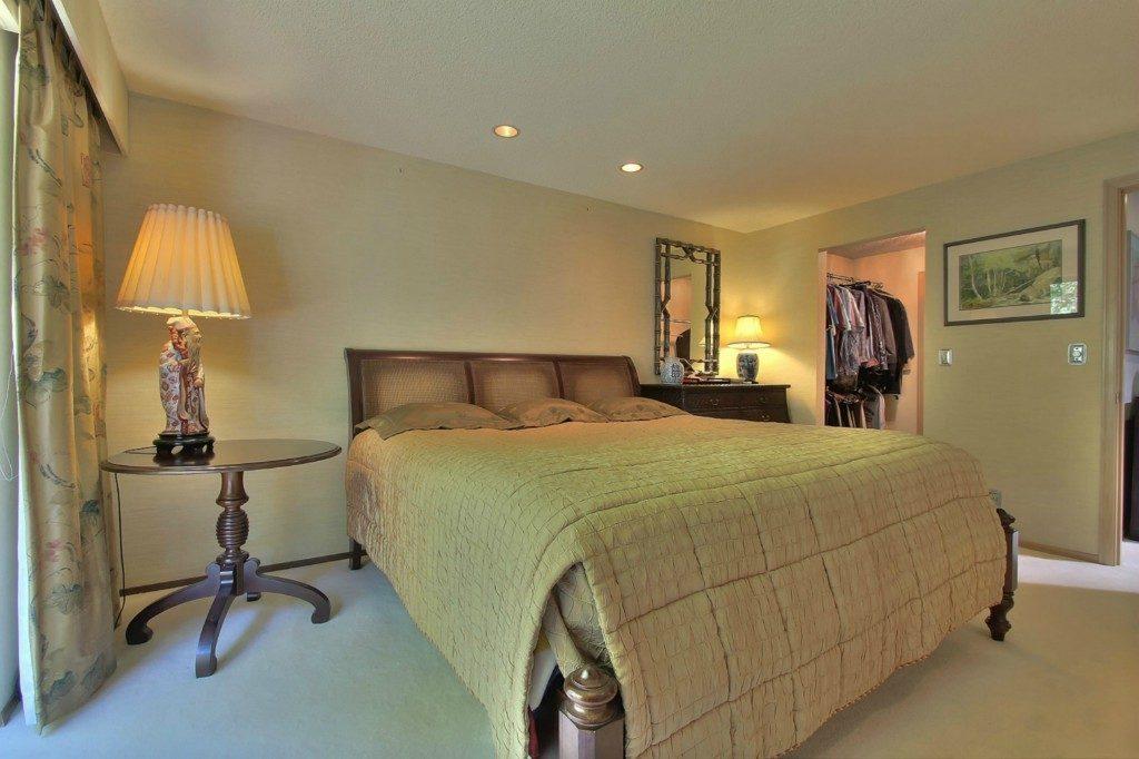 1502 NE 105th St - mstr bed