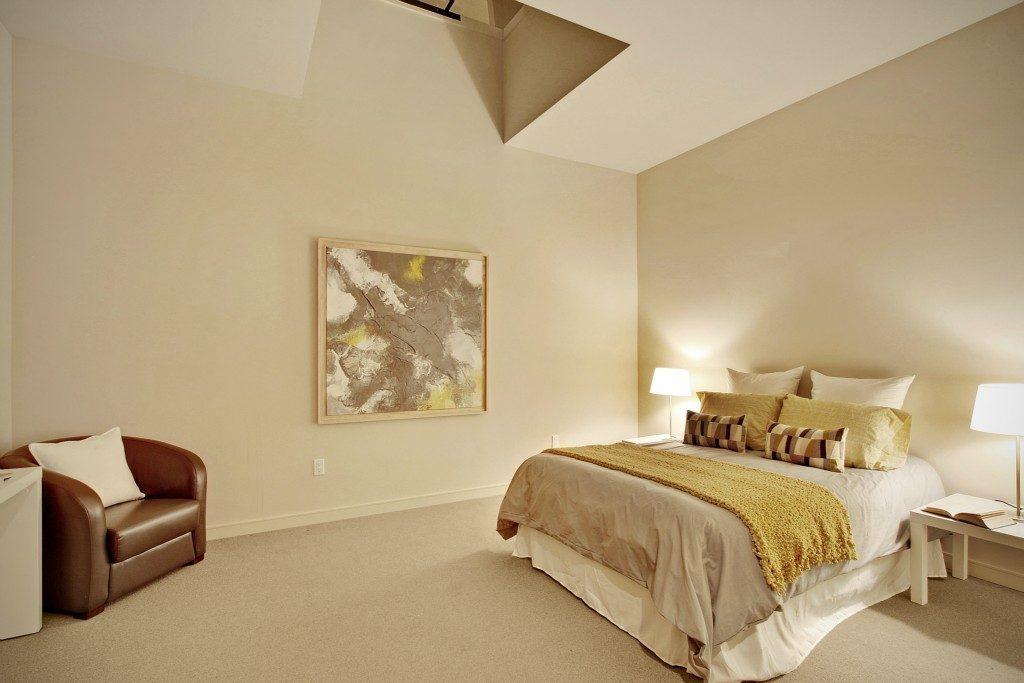 1517 E Denny Way #5 - bed 2