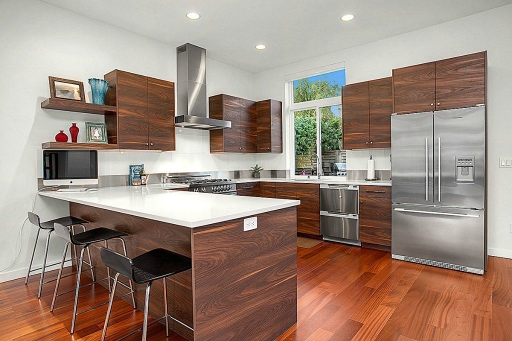 2134 44th Ave SW - kitchen