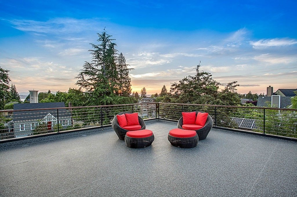 2134 44th Ave SW - roof deck 2