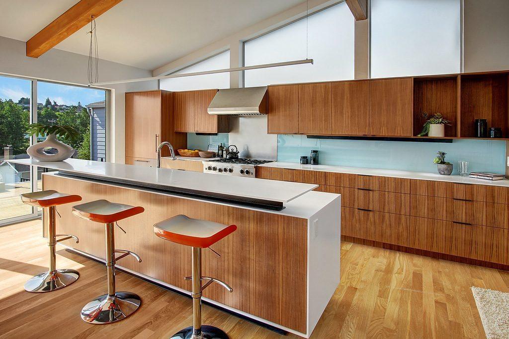 2831 31st Ave W - kitchen