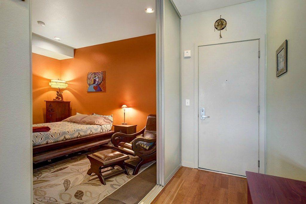 2960 Eastlake Ave E - bed 1