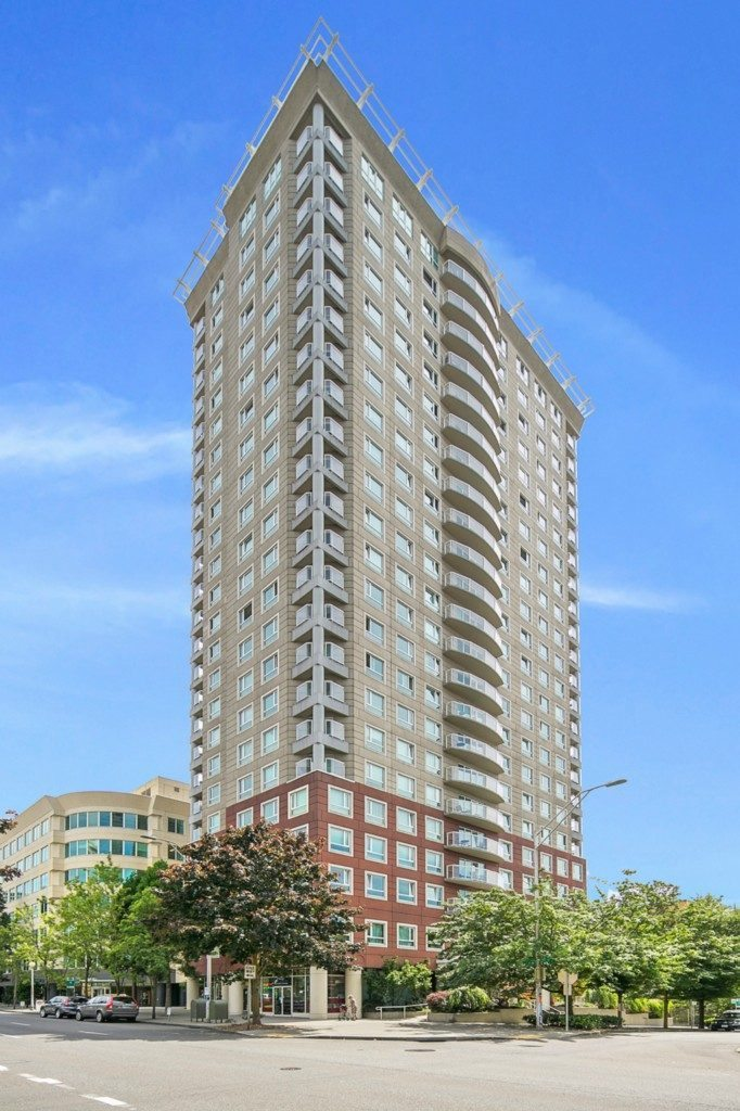 121 Vine St - 2506 - build