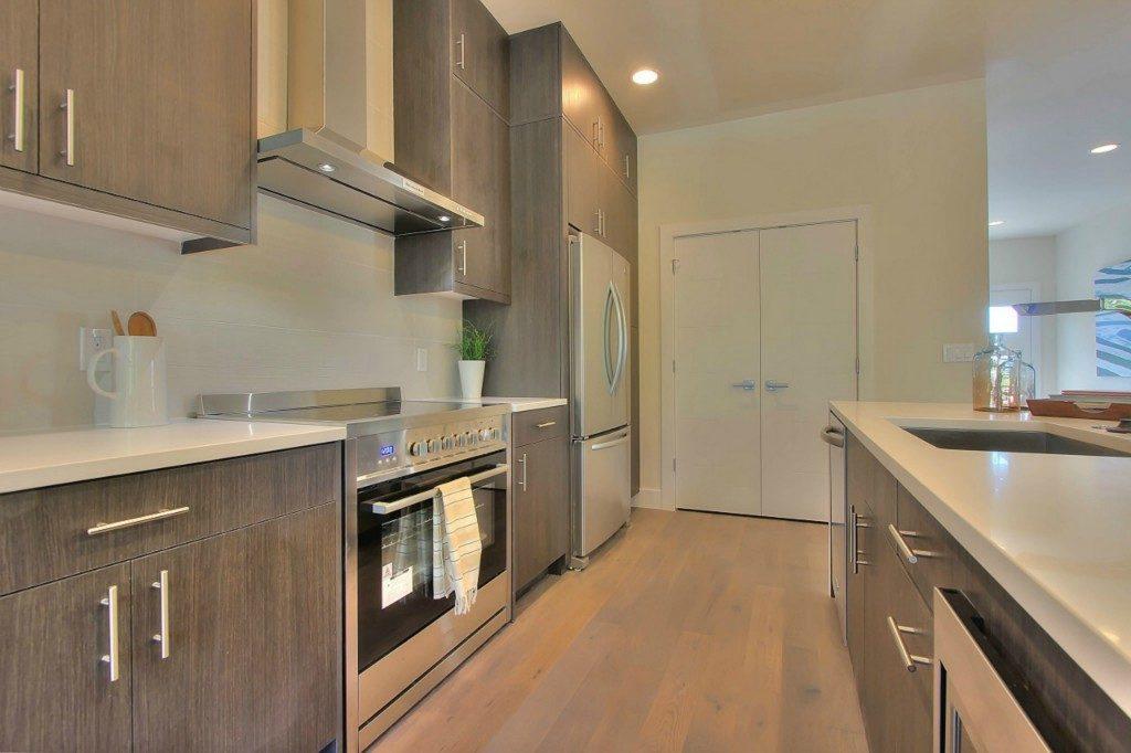 5126 45th Ave NE - kitchen2