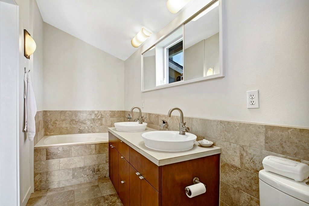 5926 California Ave SW unit C - master bath