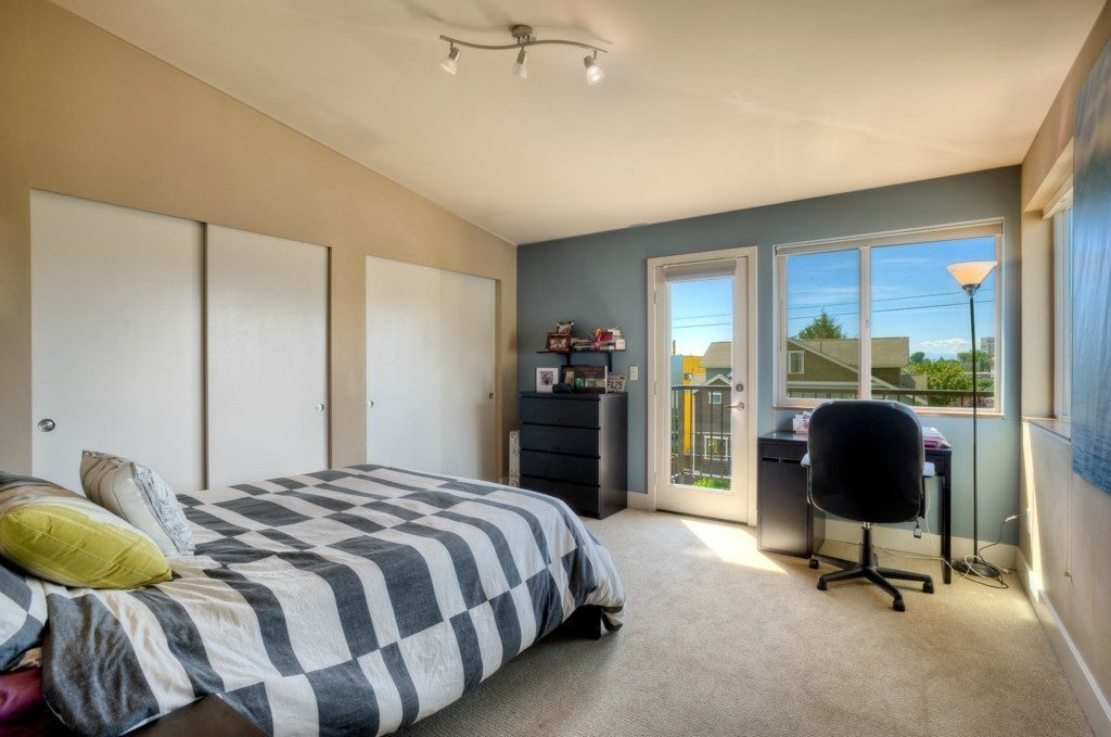146 17th Ave - mstr bed