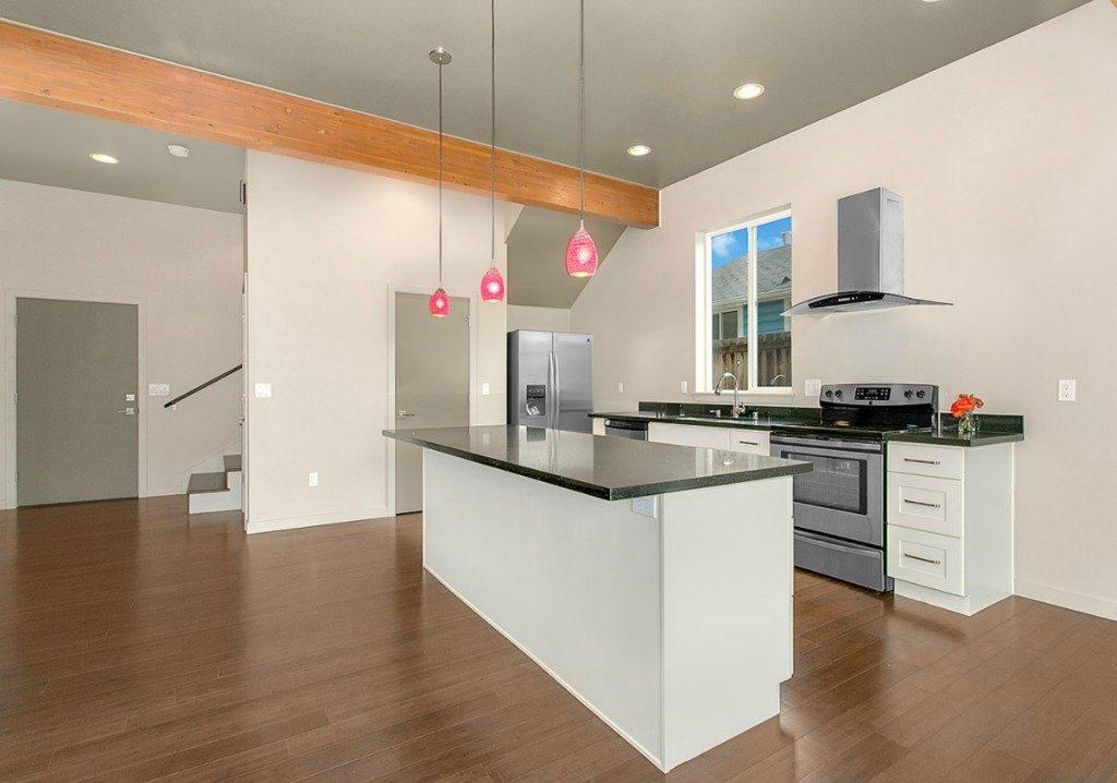 202 N 87th St - kitchen