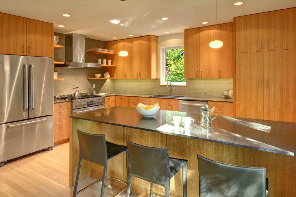 9416 17th Ave NE - kitchen
