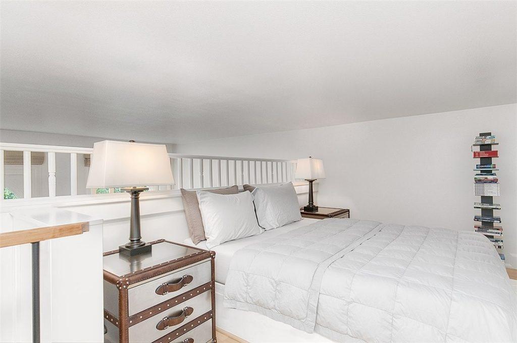 1401 5th Ave W unit 305 - bed loft