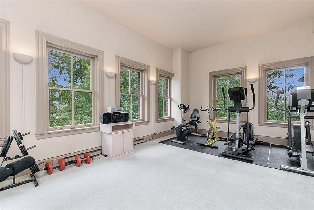 1401 5th Ave W unit 305 - gym