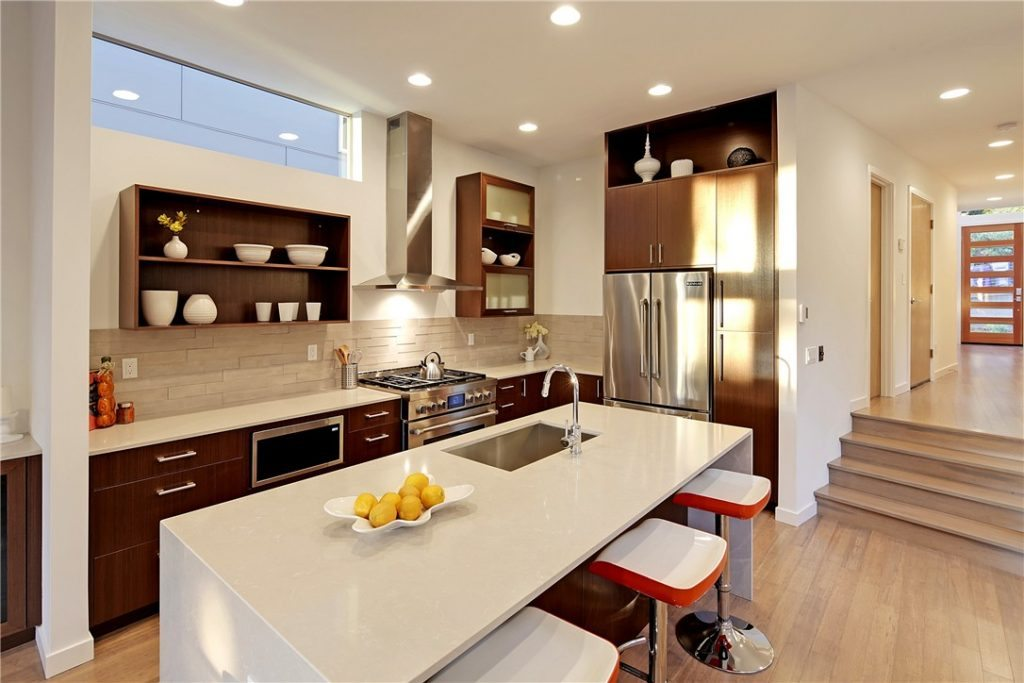 1527 30th Ave S - kitchen