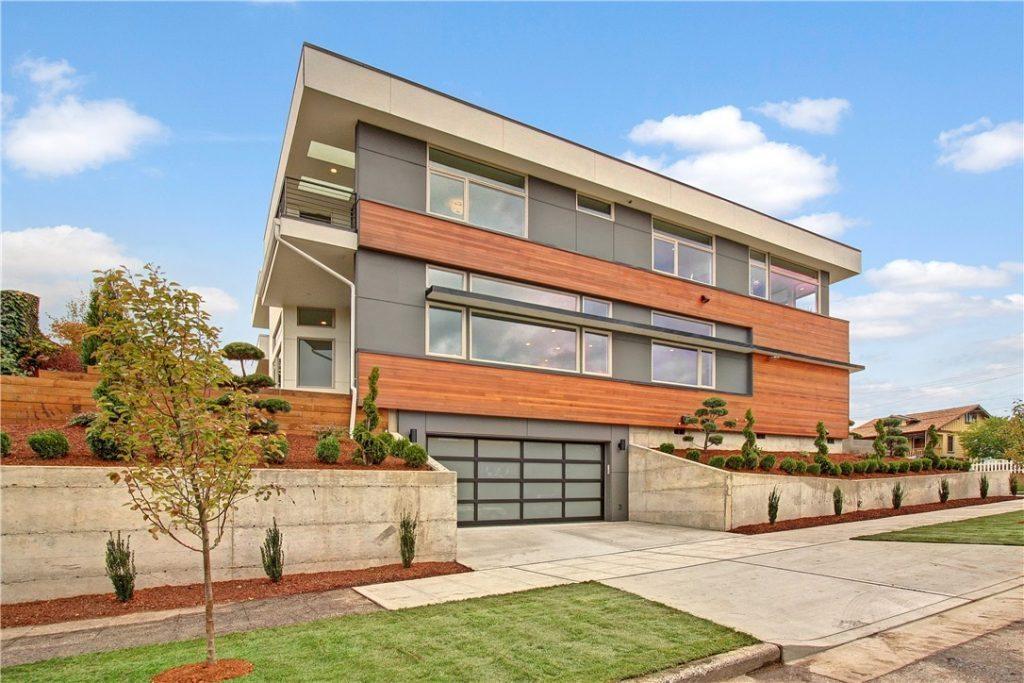 2700 22nd Ave S - facade