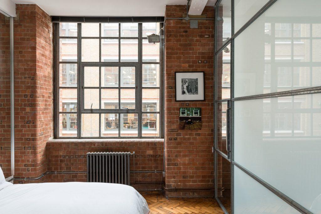Loft - Nile St London - bed2