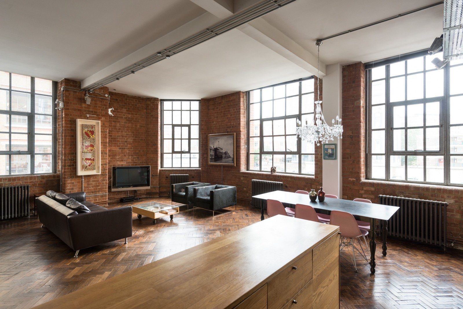 Warehouse Loft In London England Urban Living