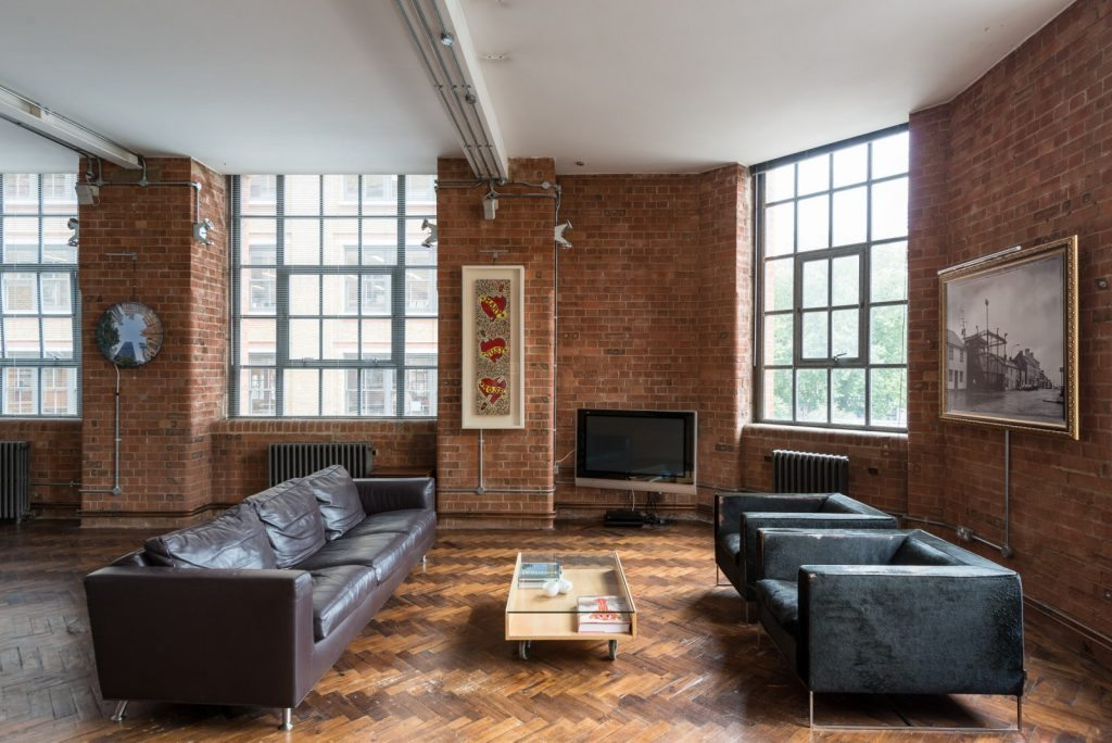 Loft - Nile St London - sit