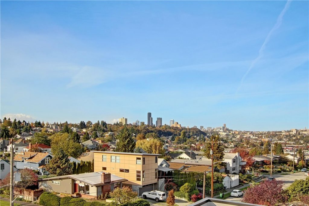2704 22nd Ave S - view