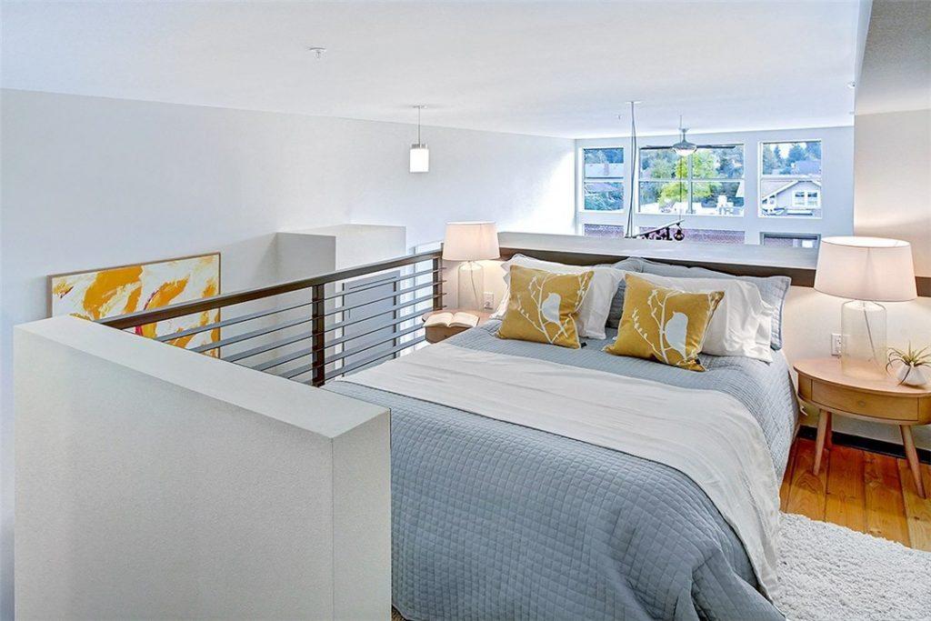 4422 Bagley Ave N unit 304 - loft