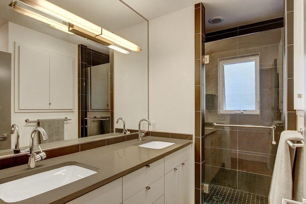 6736 7th Ave NW - bath