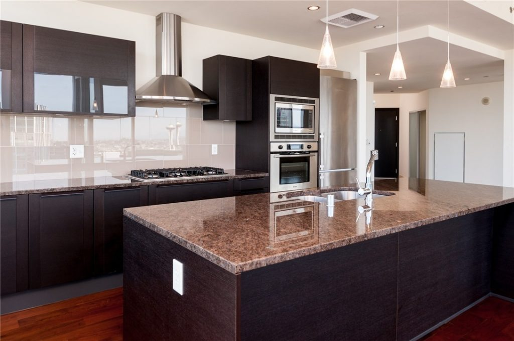 737 Olive Wy unit 3702 - 04