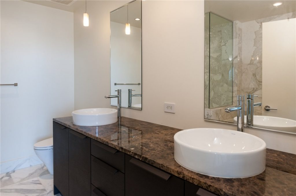 737 Olive Wy unit 3702 - 05