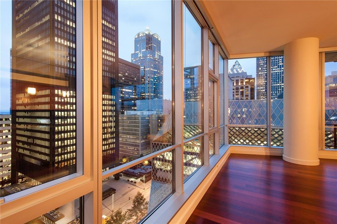 Live Amongst Downtown's Skyscrapers - Urban Living