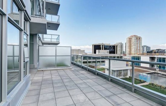 9th Floor Insignia Rental With Large Patio
