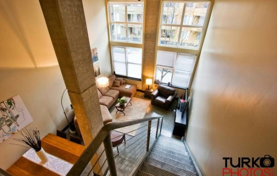 18 Foot Ceilings In Belltown Loft – Rental