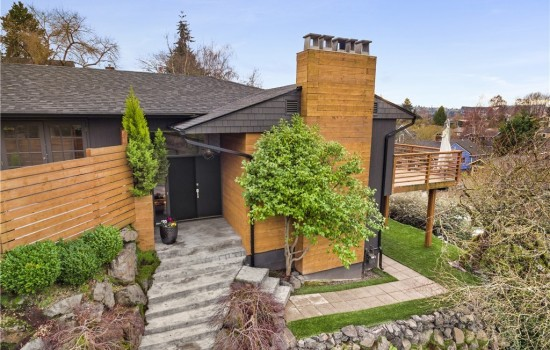 Contemporary Mid-Century in Laurelhurst