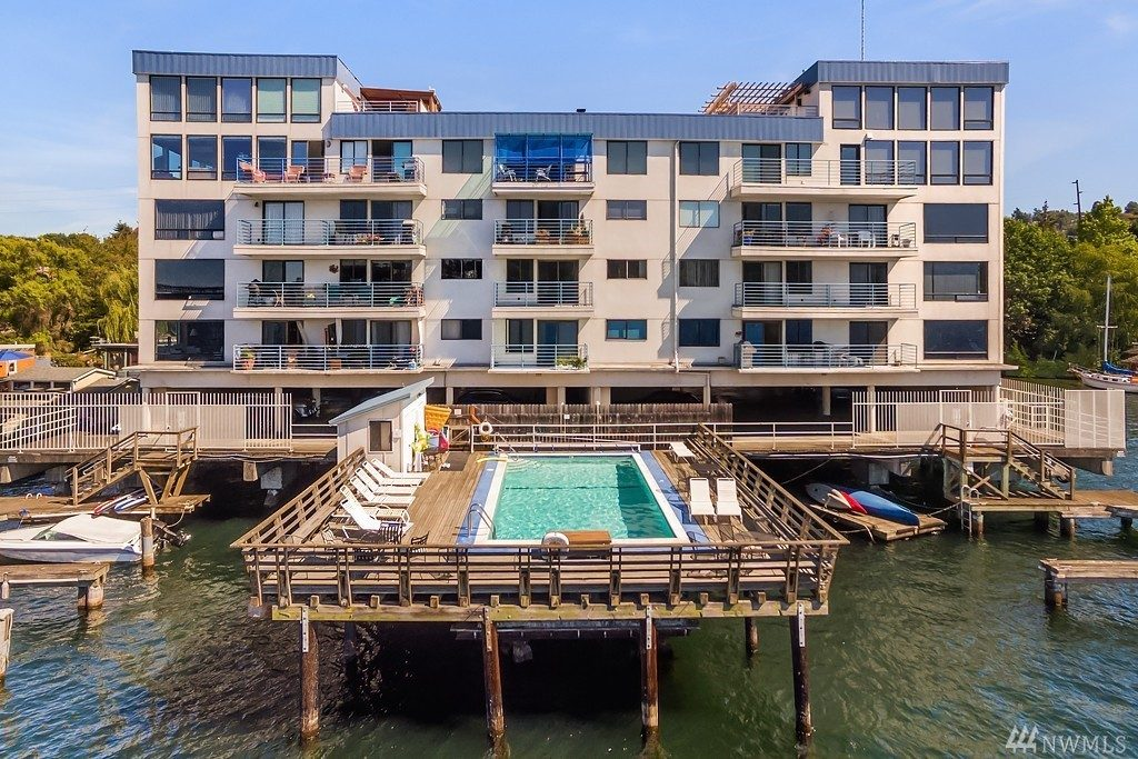 Union Harbor Pool