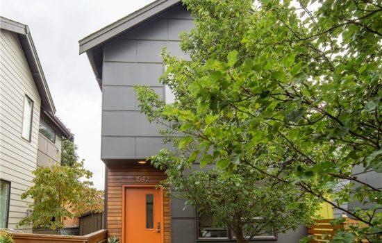 """Modern Ballard """"Cottage"""""""