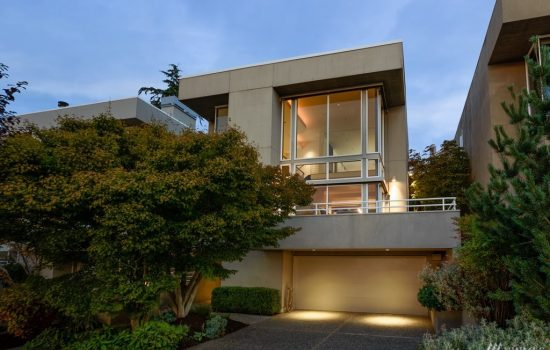 Modern Living Above Lake Union